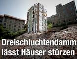 Häuser am Dreischluchtendamm