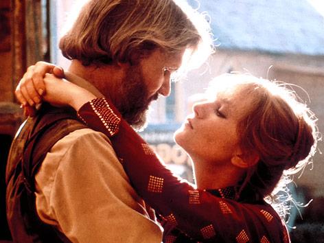 """Kris Kristofferson und Isabelle Huppert im Film """"Heaven's Gate"""""""