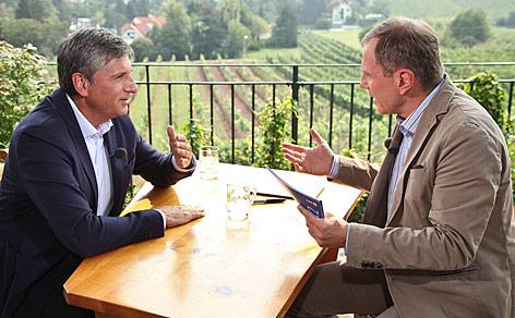 ÖVP-Bundesparteiobmann Michael Spindelegger im Gespräch mit Armin Wolf