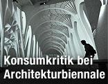 Videoinstallation von Farshid Moussavi bei der Architekturbiennale in Venedig