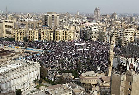 Demonstrationen auf dem Tahrirplatz in der ägyptischen Hauptstadt Kairo im Jänner 2011