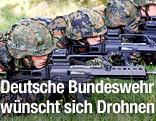 Deutsche Soldaten während einer Übung