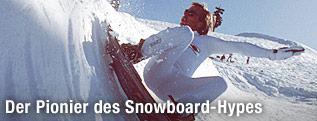 Tom Sims auf dem Snowboard