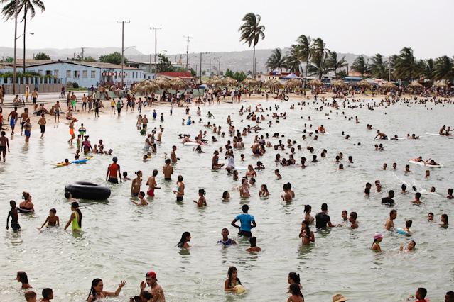 Öffentlicher Badeplatz in Kuba