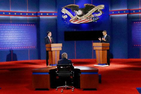 US-Präsident Barack Obama und Herausforderer Mitt Romney bei der TV-Debatte