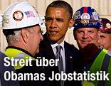 US-Präsident Barack Obama begrüßt Arbeiter auf einer Baustelle in New York