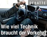 Autofahrer und Lenkrad