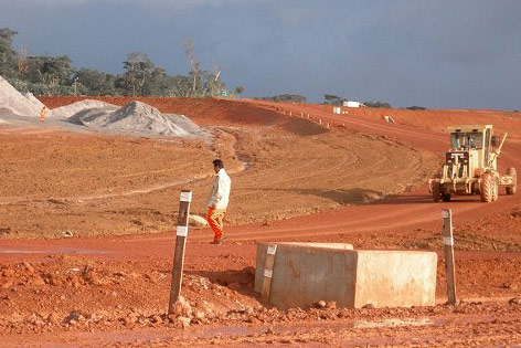 Baustelle für Oyala