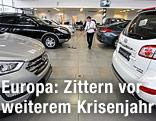 Autos in einem Salon