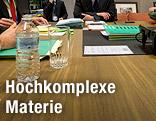 Verhandlungstisch in Brüssel