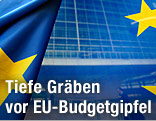 EU-Fahnen vor dem EU-Kommissionsgebäude