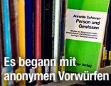 Ein gedrucktes Exemplar der Dissertation von Annette Schavan (CDU)