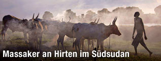 Viehtreiber mit Herde im Südsudan