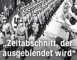 Imster Bürger jubeln einmarschierenden deutschen Polizisten zu
