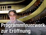 Der Intendant Rainer Mennicken im Musiktheater
