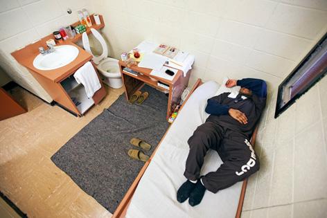 Gefangener in Zelle