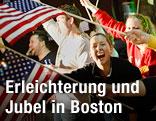 Jubelnde Menschen in Boston