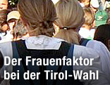 Frauen in Tiroler Tracht