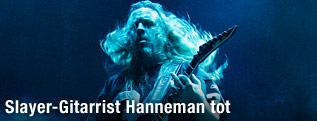 Slayer-Gitarrist Jeff Hanneman während eines Auftritts
