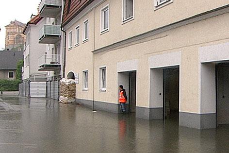 Überflutete Altstadt in Melk