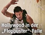 """Channing Tatum als """"John Cale"""" springt durch ein Fenster in """"White House Down"""""""