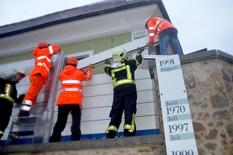 Hochwasser Sicherungsmaßnahmen an einem Haus in Schärding