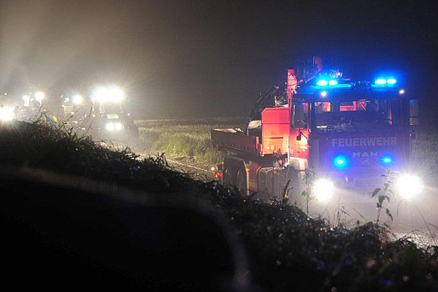 Feuerwehrautos in der Nacht