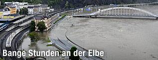 Überschwemmte Elbe in Usti nad Labor