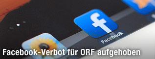 Facebook-Icon auf einem Tablet