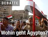 Demonstrierende mit Ägypten-Fahne