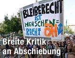 Protestkundgebung zur Abschiebung der Votivkirchen-Flüchtlinge