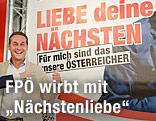 FPÖ-Chef Strache präsentiert Wahlplakat