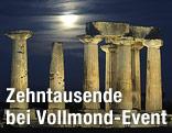 Beleuchteter Apollo-Tempel bei Vollmond
