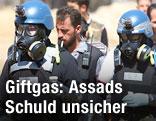 UNO-Inspektoren mit Gasmaske in Syrien