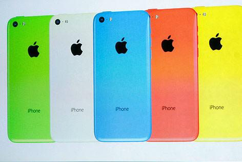 Rückseite des Apple Iphones 5C in verschiedenen Farben