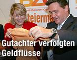 Damalige Justizministerin Karin Gastinger mit Peter Westenthaler