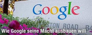 Schild vor dem Google-Hauptquartier in Mountain View