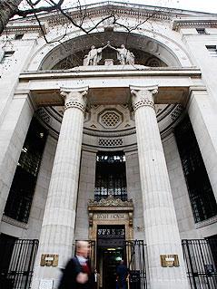 "BBC-Sendezentrale ""Bush House"" in London"