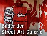 """Wohnzimmer im Turm-Street-Art-Projekt """"Paris Tour 13"""""""
