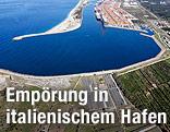 Kalabrischer Hafen Gioia Tauro