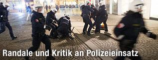 Polizisten am Stephansplatz