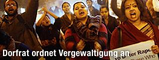 Indische Frauen demonstrieren gegen Vergewaltigungen