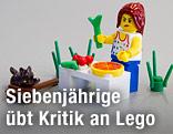Legofigur und Bausteine