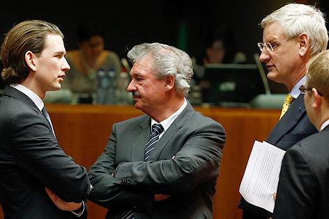 Außenminister Sebastian Kurz mit seinem luxemburgischen Amtskollegen, Jean Asselborn und dem schwedischen Außenminister Carl Bildt