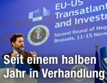 EU- und USA-Verhandler bei Pressekonferenz