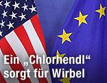 Die Fahnen der USA und der EU