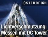 DC Tower beleuchtet