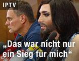 Conchita Wurst bei der Pressekonfernz in Wien Schwechat