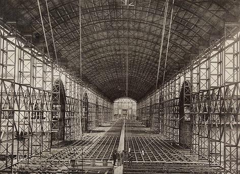 Bau des Industriepalasts, 1872