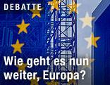 Baustelle hinter einer EU-Fahne
